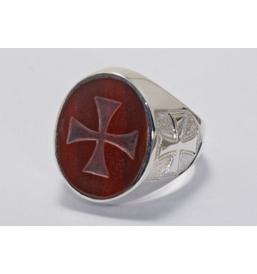 A Red Agate Hand Enegraved Templar Cross Ring