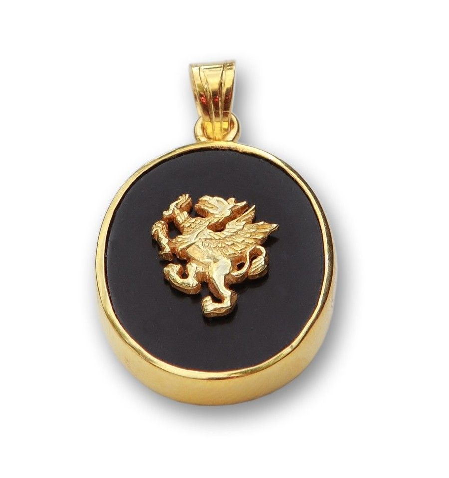 Black Onyx Heraldic Griffin Pendant Gold Plated Regnas