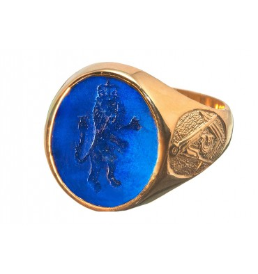 A Royal Lion Family Crest Signet Ring With Masonic Set