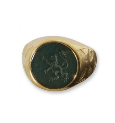 Bloodstone Engraved Lion Rampant Gold Plated Sterling Silver Templar Cross Round Signet Ring