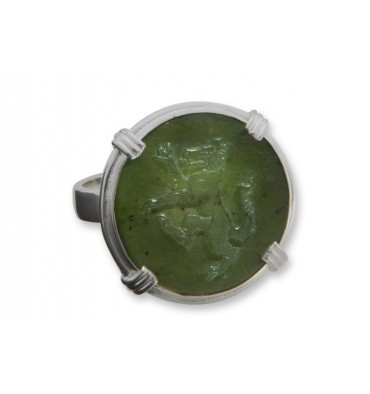 Canada Jade Wolf Sculpted Sterling Silver Round Roman Ring