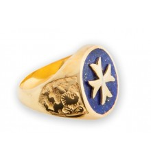 Maltese cross ring with Scottish lion shoulders