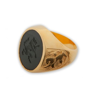 Onyx engraved Lion ring mounted in gold plated silver