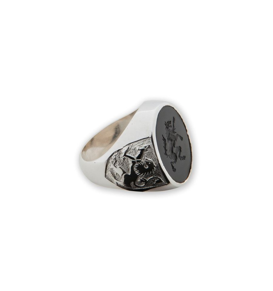 Black Onyx Ring Engraved Wolf Rampant Regnas Jewelry