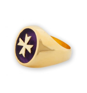 Maltese Cross Ring overlaid to Lapis set to gold plated sterling silver